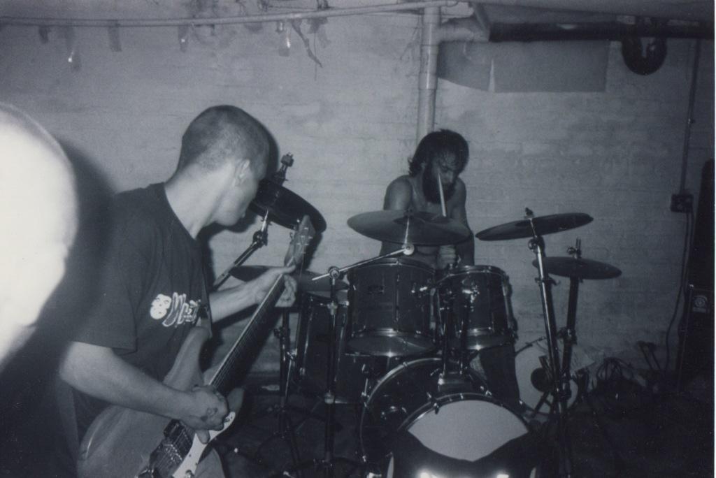 LiveWarehouse1999 1