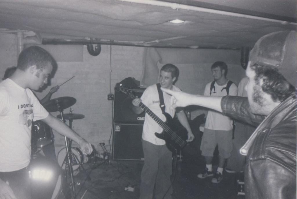 LiveWarehouse1999 5